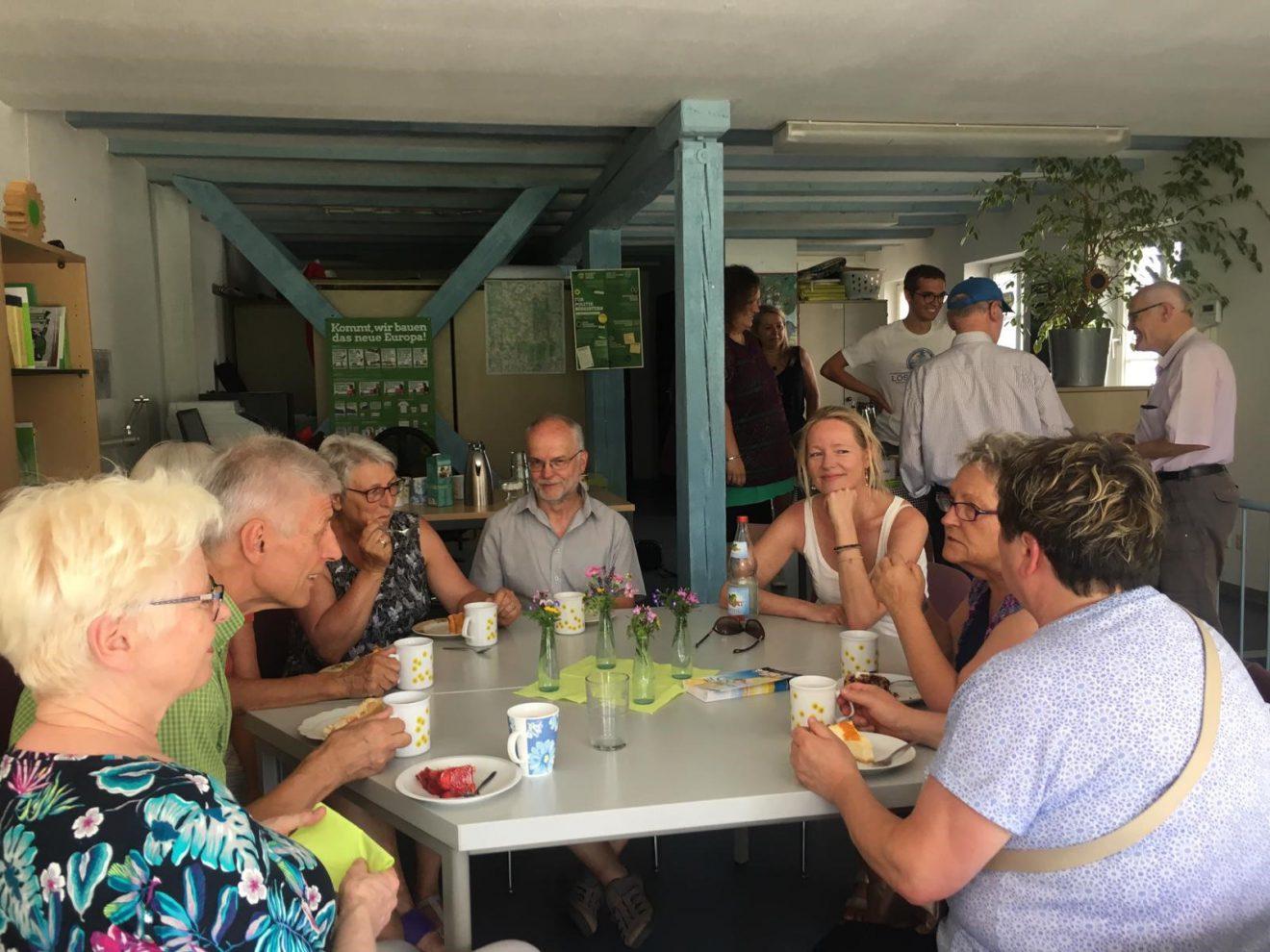 Wann Privatmensch, wann Politikerin? Offenes Café und Böblinger Stadtfest mit Thekla Walker MdL