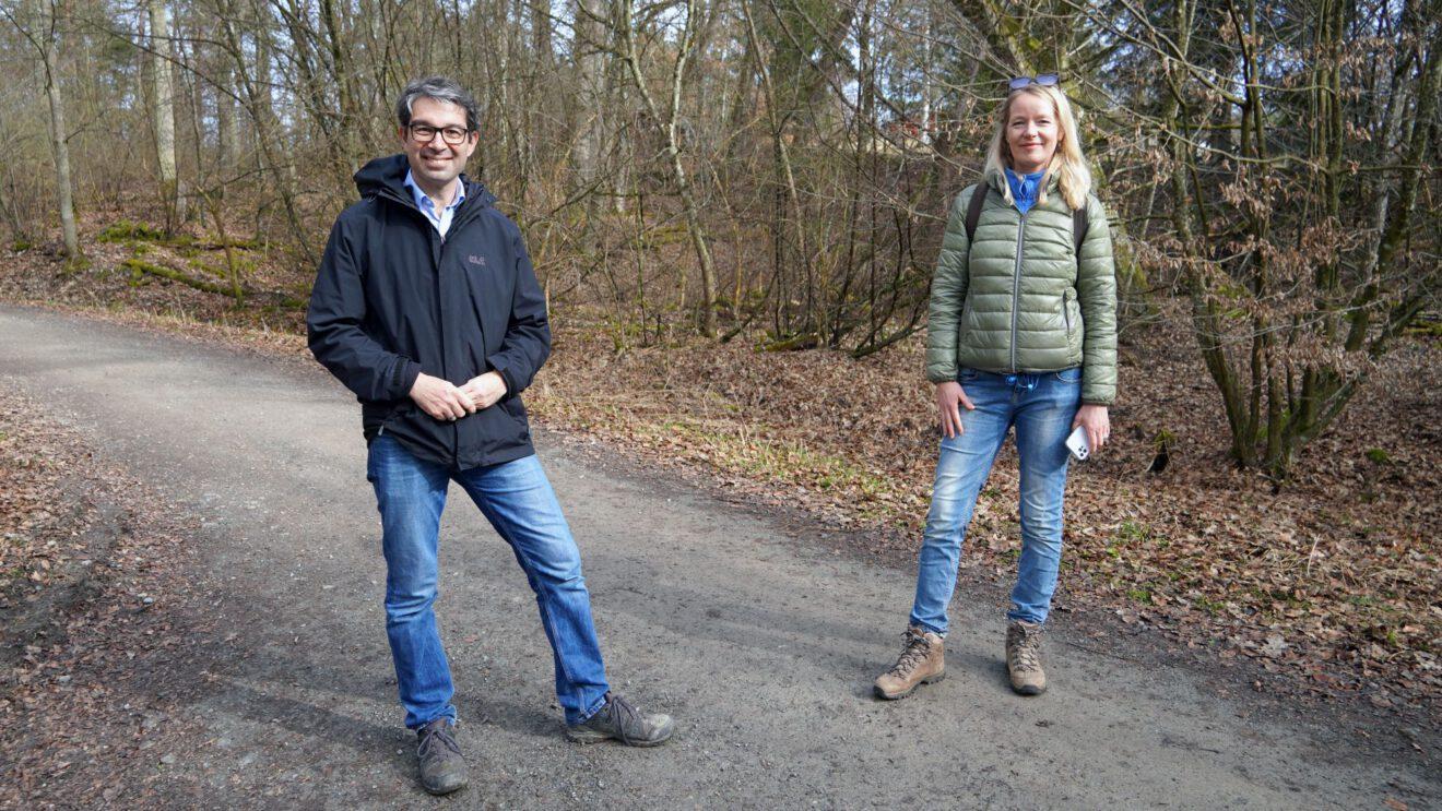 Thekla Walker und Dr. Andre Baumann sichten Spannungsfeld Naturerlebnis und Naturschutz im Sulzbachtal