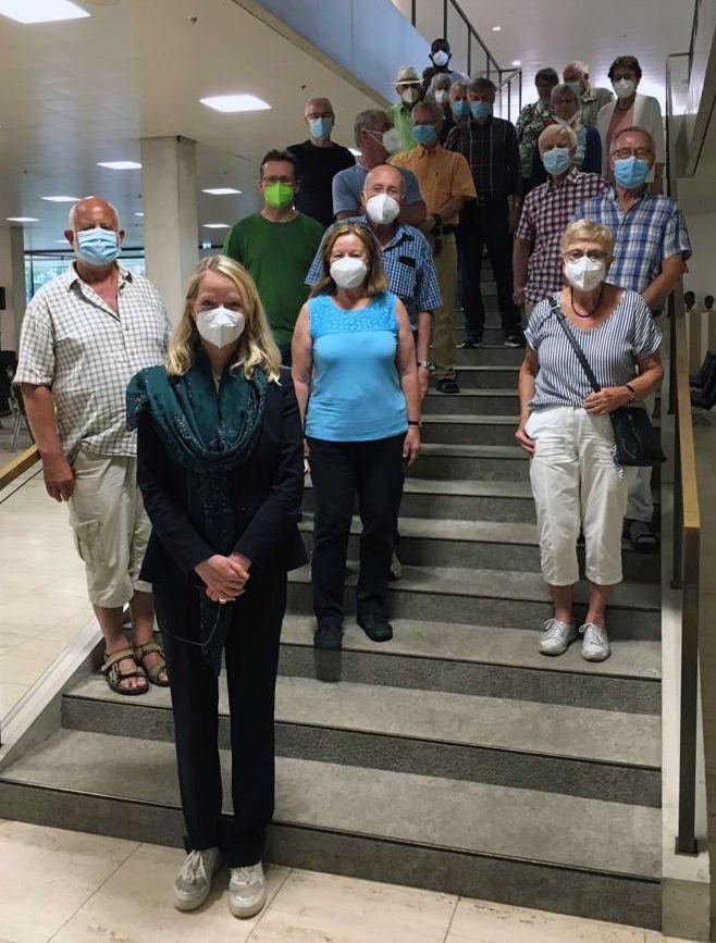 Thekla Walker empfängt Besuchergruppe im Landtag